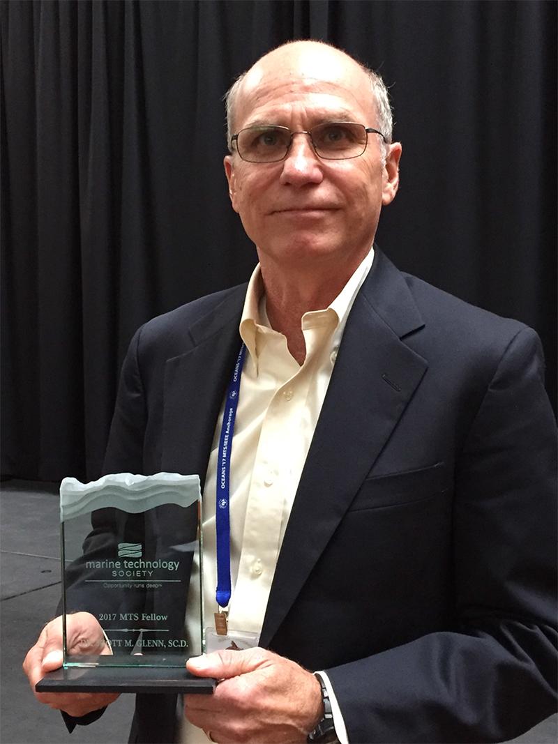 Scott Glenn Award