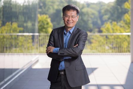 Professor Liping Zhao, Eveleigh-Fenton Chair of Applied Microbiology at Rutgers University–New Brunswick. Photo: Jeffrey Heckman