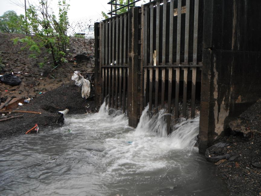 Harmful Microbes Found on Sewer Pipe Walls